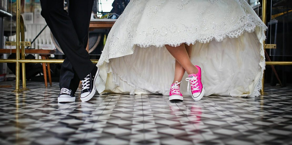 10 Ways To Reduce Your Wedding Day Bill for a Happier Start to Married Life