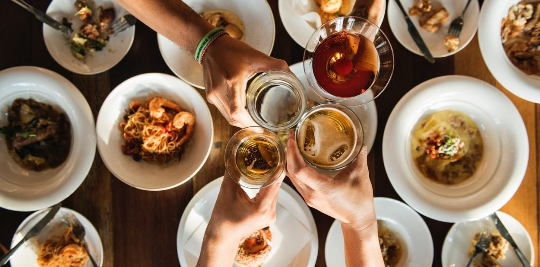 The Rules of Entertaining – And When You Should Use Them